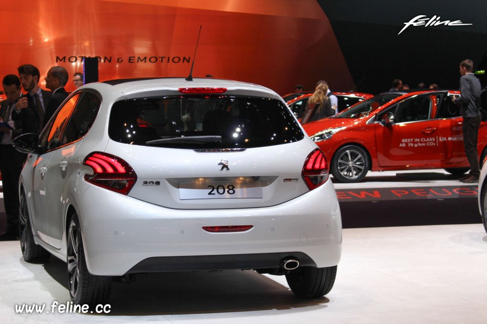 Photos le stand peugeot au salon de gen ve 2015 - Geneve 2015 salon ...