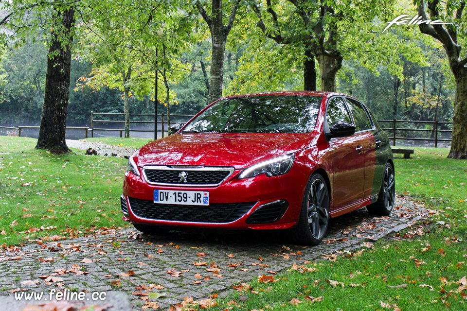 Photo essai Peugeot 308 GTi by Peugeot Sport (2015) - 1.6 THP 27
