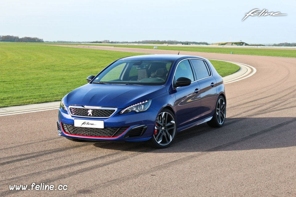 vid o essai de la peugeot 308 gti by peugeot sport sur circuit essais f line. Black Bedroom Furniture Sets. Home Design Ideas