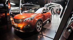 Photos : nouvelle vitrine « Amplify your Senses » chez Peugeot