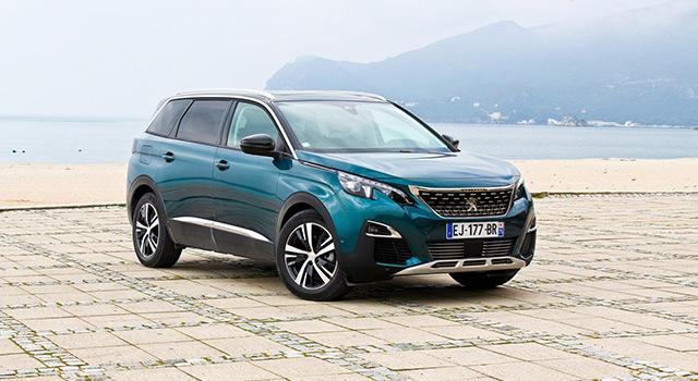 Essai nouvelle Peugeot 5008 II : la Voiture de l'Année, version 7 places !
