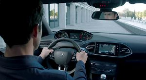 Présentation i-Cockpit Peugeot 308 restylée - Vidéo officielle (2017)