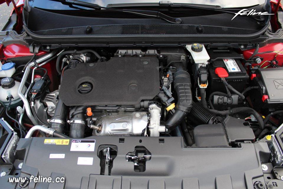Photo moteur diesel nouvelle Peugeot 308 II restylée (2017)