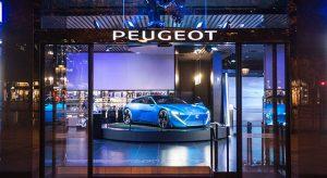 Photos vitrine « Augmented Technology » - Peugeot Avenue Paris 2017