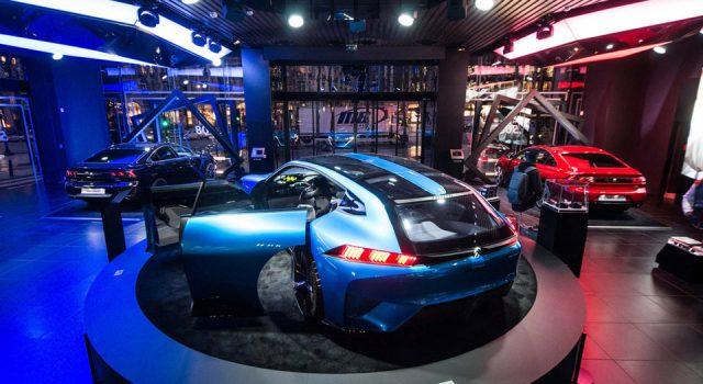 Photos : Peugeot Avenue Paris tire sa révérence avec la nouvel
