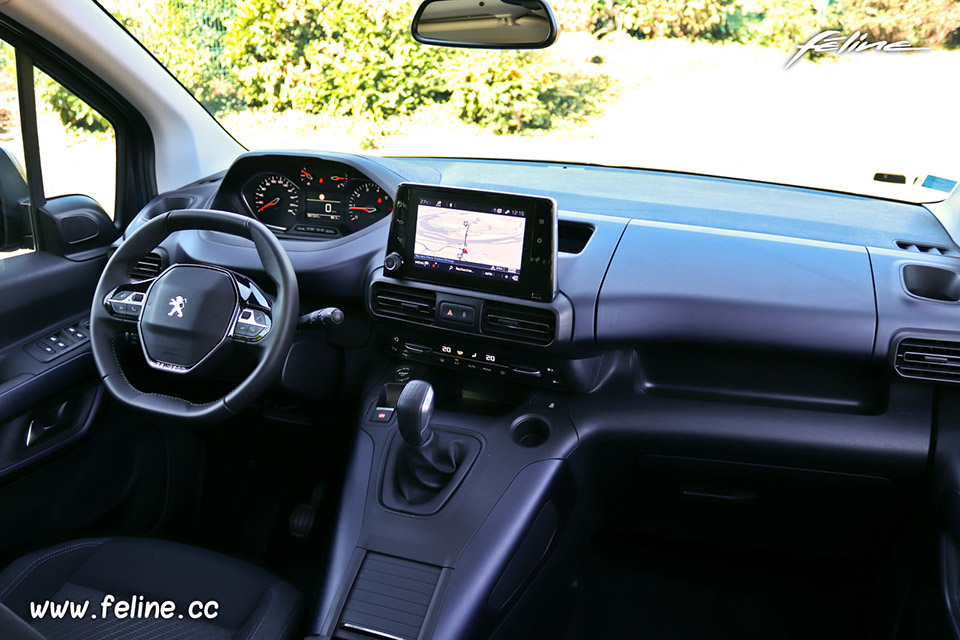 Photo intérieur Peugeot Rifter I BlueHDi 100 2018