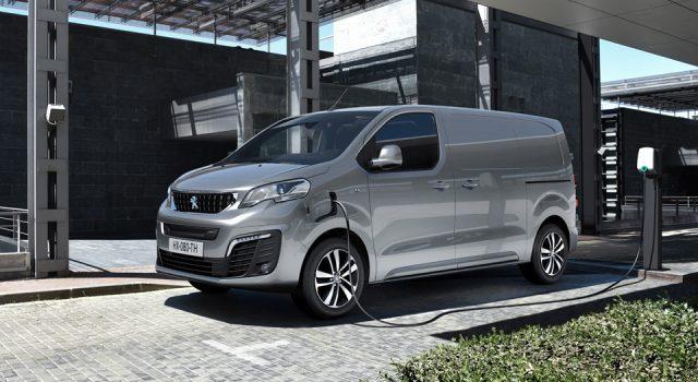 Photo Peugeot e-Expert 2020 : l'utilitaire du Lion passe à l'électrique