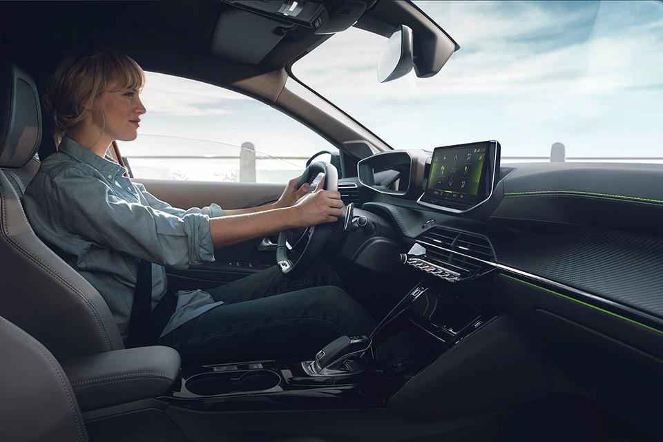 Aides à la conduite Peugeot 208 II