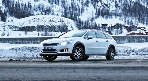 Essais Peugeot HYbrid4 - Winter Experience 2014