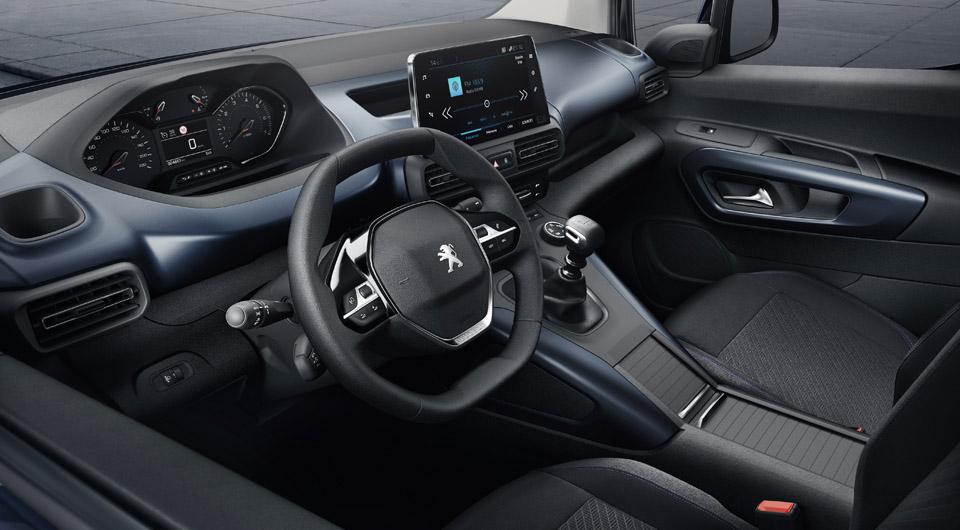 Photo intérieur i-Cockpit Peugeot Rifter