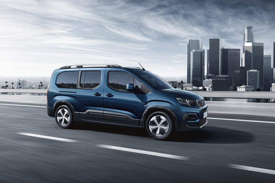 Photo route Peugeot Rifter