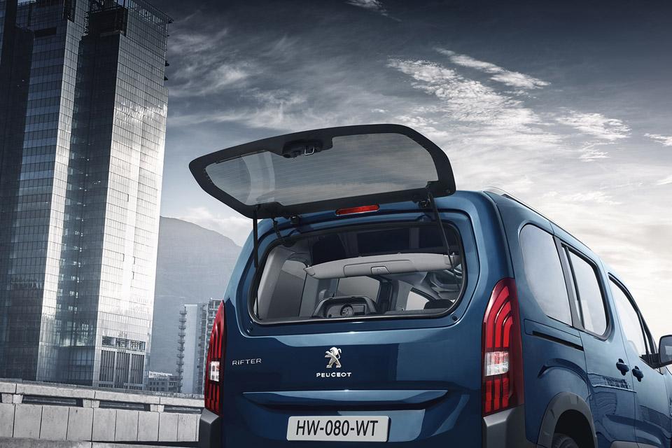Photo volet coffre Peugeot Rifter
