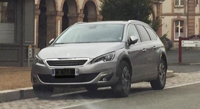 Photo : Peugeot 308 RXH, une future version baroudeuse ?