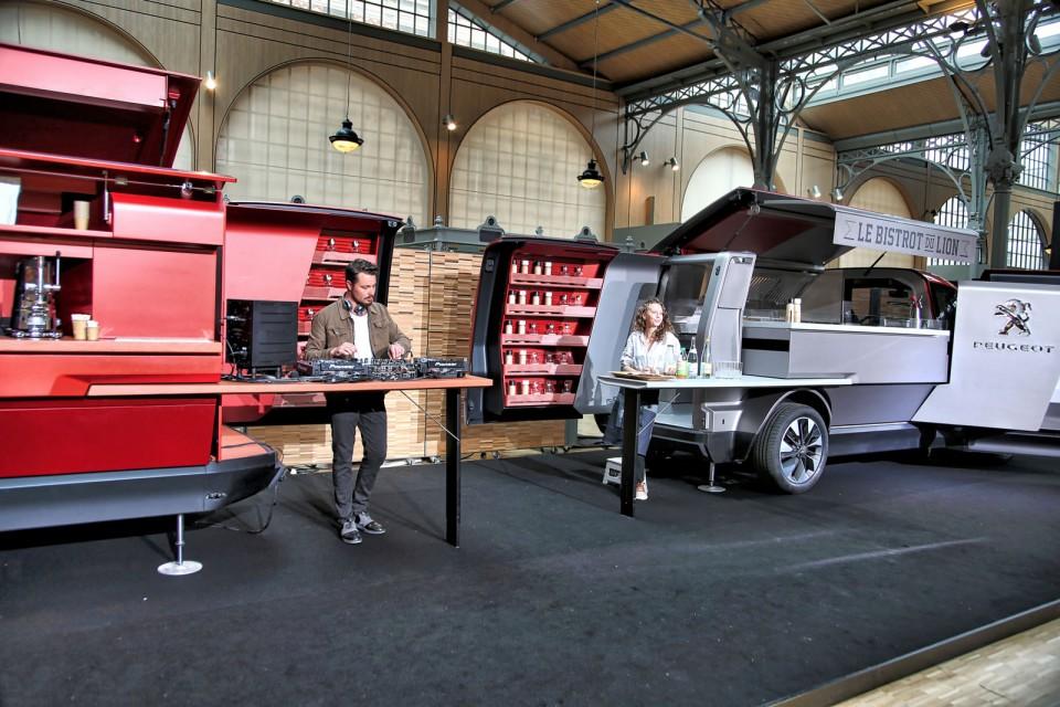 Photo foodtruck peugeot concept 2015 photos peugeot for Food truck bar le duc