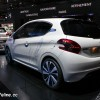 Photo Peugeot 208 HYbrid Air 2L Concept - Salon de Paris 2014