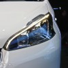 Photo projecteur avant Peugeot 208 HYbrid Air 2L Concept - Salon