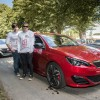 Photo nouvelle Peugeot 308 GTi et James et Rupert Grint - Goodwo