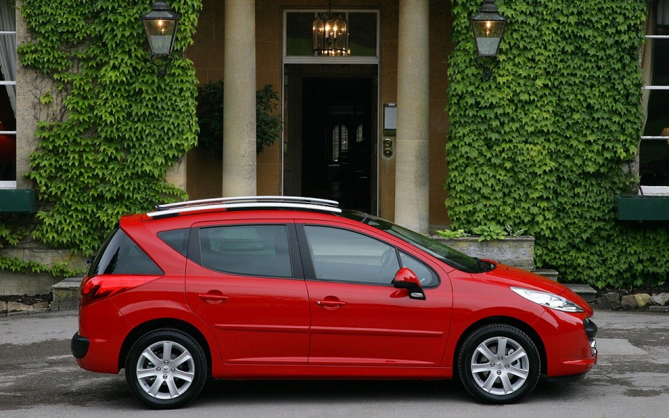 photo profil peugeot 207 sw rouge aden phase 1 2007 1 003 photos peugeot f line. Black Bedroom Furniture Sets. Home Design Ideas