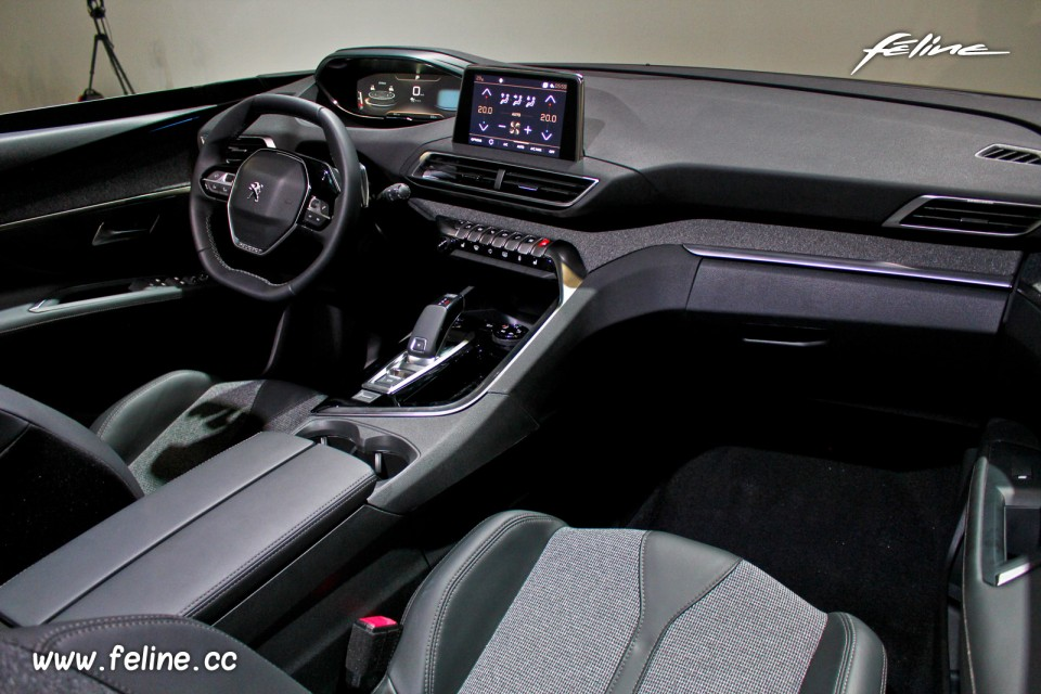 Interieur 3008 nouveau peugeot 3008 un int rieur original for Interieur 3008 allure