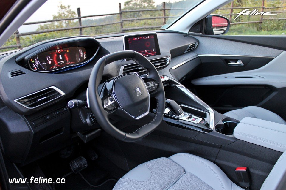 Photo int rieur tep tissu evron gu rande peugeot 3008 for Interieur 3008 allure