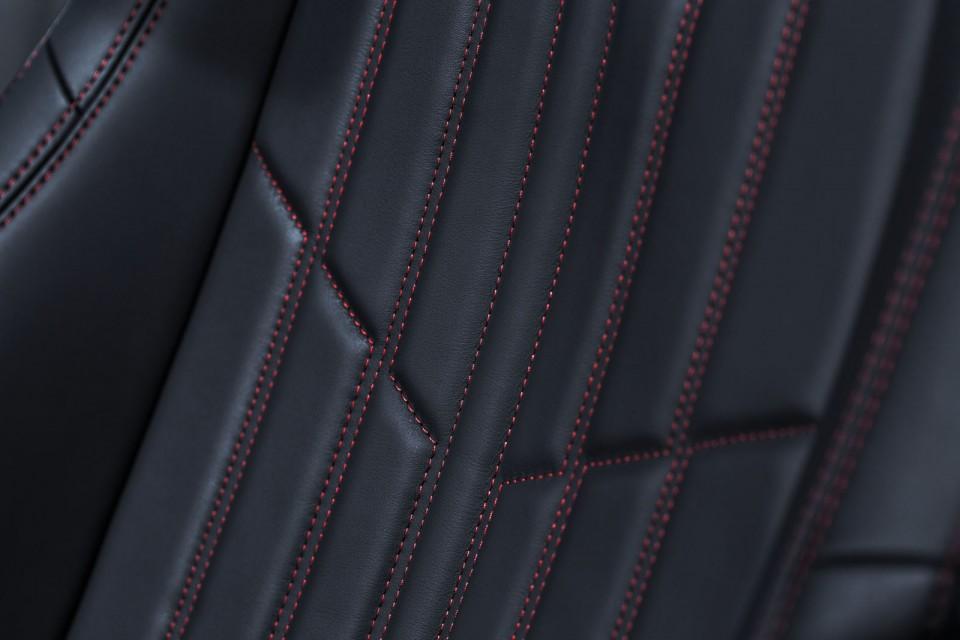 photo d tail cuir surpiqu si ge peugeot 308 sw gt photos peugeot f line. Black Bedroom Furniture Sets. Home Design Ideas