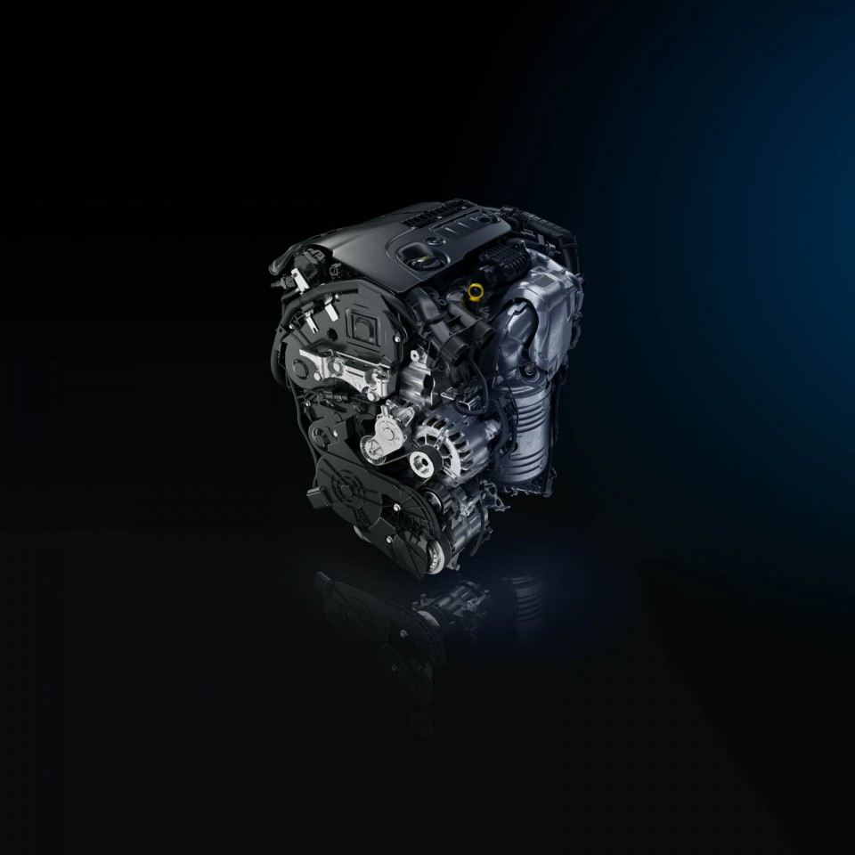 moteur diesel dv6fc 1 6 bluehdi 120 ch peugeot 308 sw ii photos peugeot f line. Black Bedroom Furniture Sets. Home Design Ideas