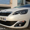 Photo face avant Peugeot 308 II Allure Blanc Nacré -1-043