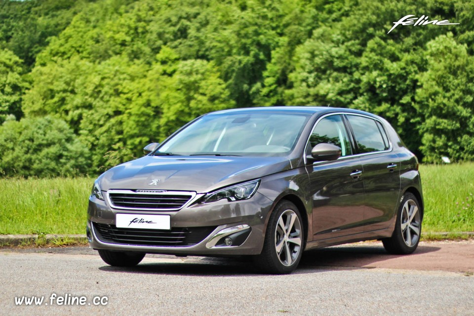 The gallery for peugeot 308 2013 for Interieur 308 allure