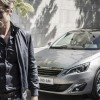 Photo lifestyle homme Peugeot 308 II - 2-118