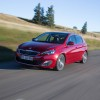 Photo 3/4 avant Peugeot 308 II Allure Rouge Rubi