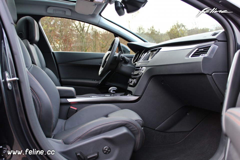 Photo int rieur cuir tramontane peugeot 508 rxh i phase 2 for Interieur 508 rxh